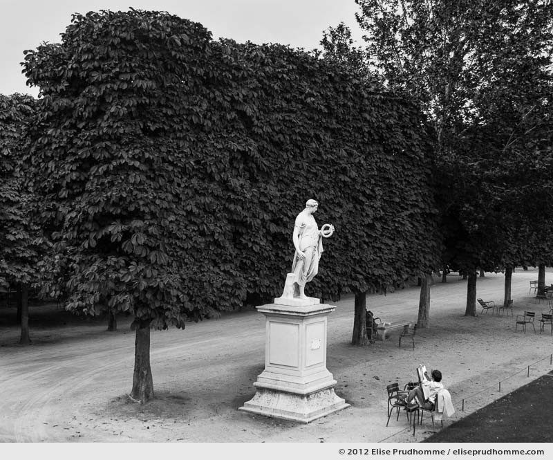 La pose or The Pose, Tuileries Garden, Paris, France, 2012 (part of the series Yours, Mine, Le Nôtre's) by Elise Prudhomme.