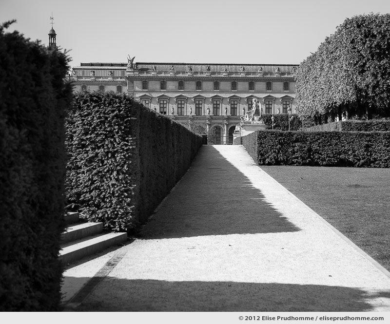 La sortie or The Exit, Tuileries Garden, Paris, France, 2012 (part of the series Yours, Mine, Le Nôtre's) by Elise Prudhomme.