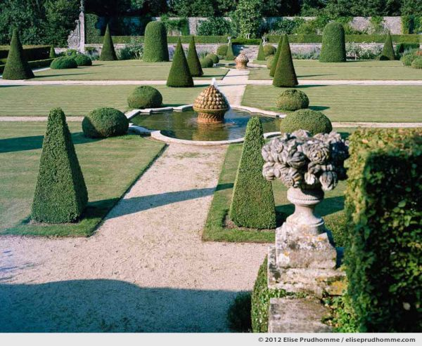 Artichoke fountains and topiary, Brecy Castle Gardens, Saint Gabriel Brécy, France, 2012 (series Notable Gardens of France) by Elise Prudhomme.
