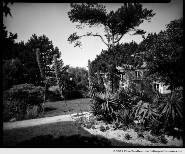 Jardin d'Acclimatation and lodging house, Tatihou Island, Saint-Vaast-la-Hougue, France. 2014 (series Sands of Time) by Elise Prudhomme.