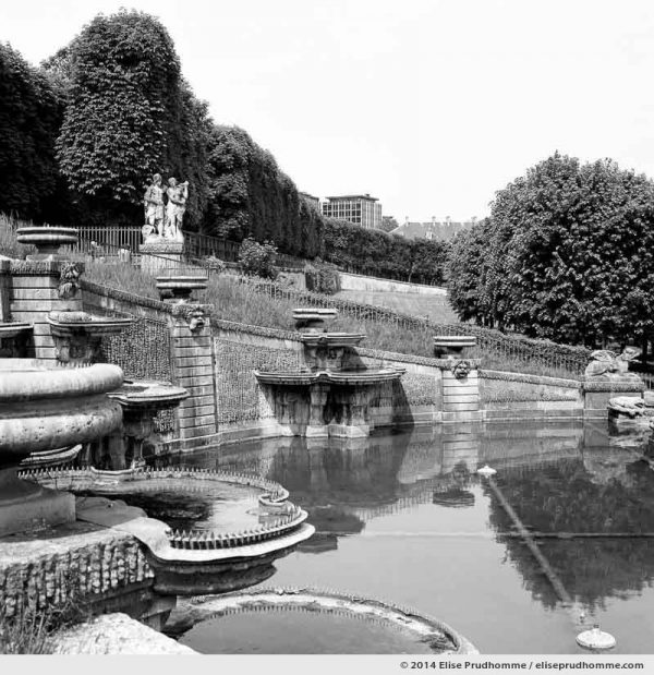La Grande Cascade #1, Saint-Cloud Park, France 2014 (series Yours, Mine, Le Nôtre's) by Elise Prudhomme.