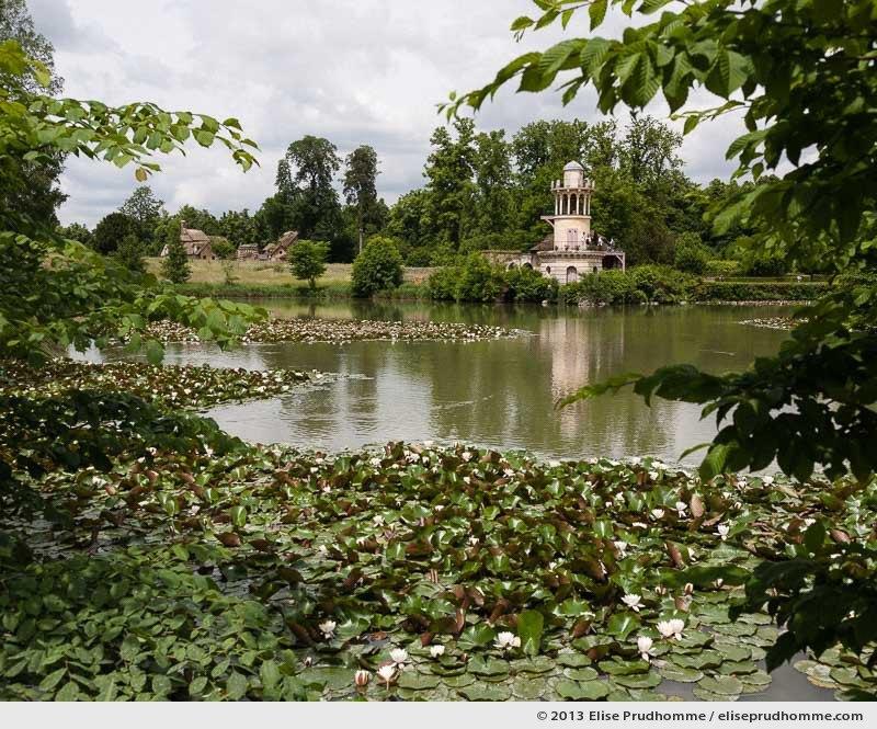 Tour de Marlborough, Versailles Chateau Garden, France, 2013 (part of the series Yours, Mine, Le Nôtre's) by Elise Prudhomme.