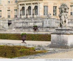 Stonework and rear view of the Château of Vaux-le-Vicomte Castle and Garden, Maincy, France. 2013 (series Yours, Mine, Le Nôtre's) by Elise Prudhomme.
