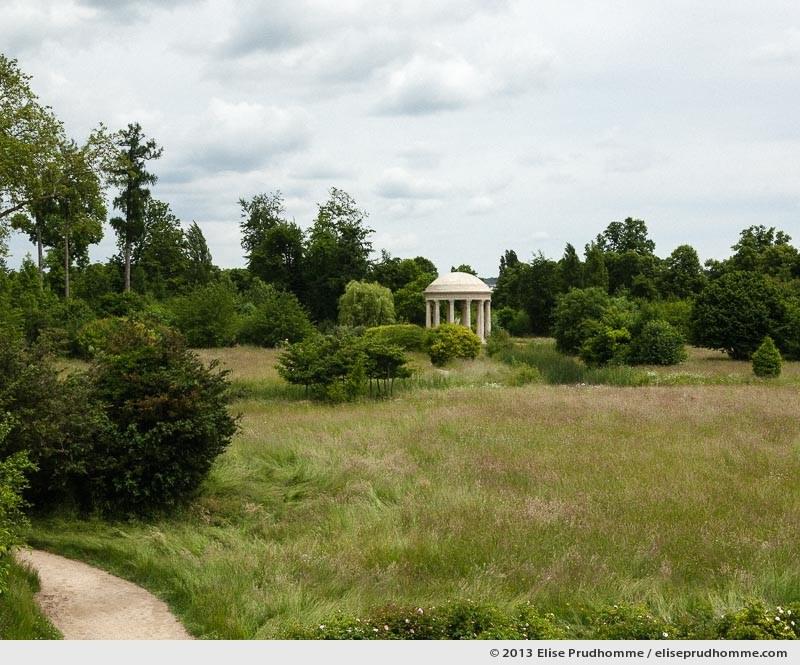 Le chemin du tendre, Versailles Chateau Garden, Paris, France, 2013 (part of the series Yours, Mine, Le Nôtre's) by Elise Prudhomme.
