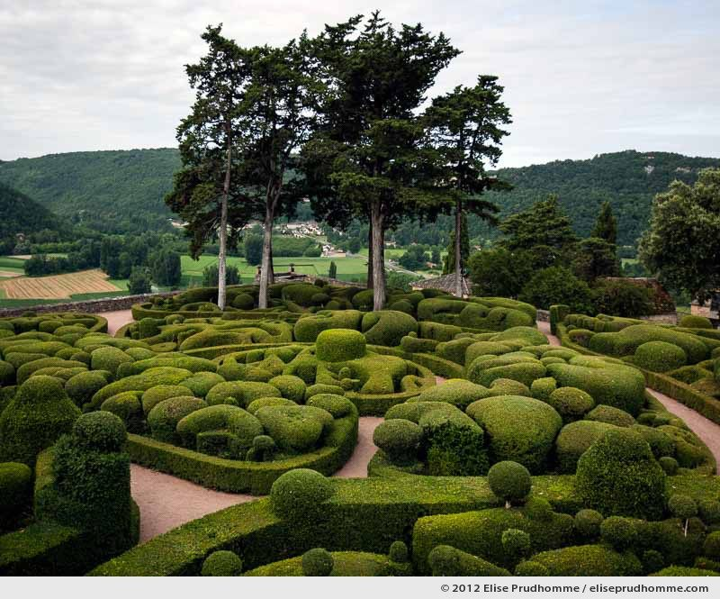 The Bastion #1, The Suspended Gardens of Marqueyssac, Vezac, France (series Notable Gardens of France) by Elise Prudhomme.