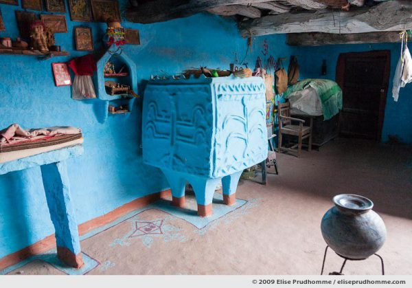 Traditional blue painted home in Hindu Brahman high caste village of Dhudaly, Rajasthan, Northern India, 2009