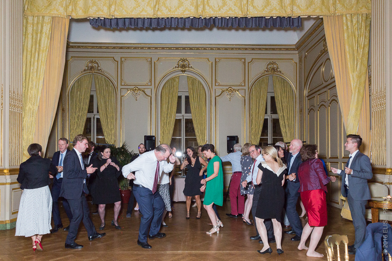 Dancing after the formal dinner during the wedding reception at the Cercle de l'Union Interalliée, Paris, France.