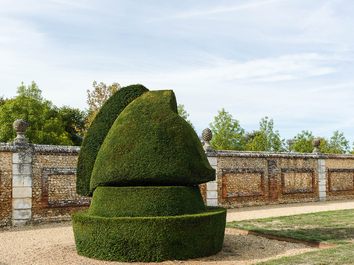 The Horse topiary in the shape of chessmen, Chateau du Champ de Bataille, France.